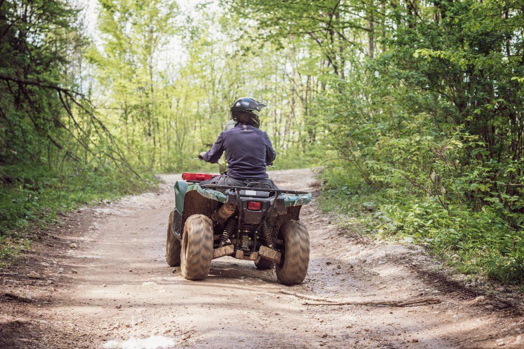 Bestil et arrangement med ATV-kørsel